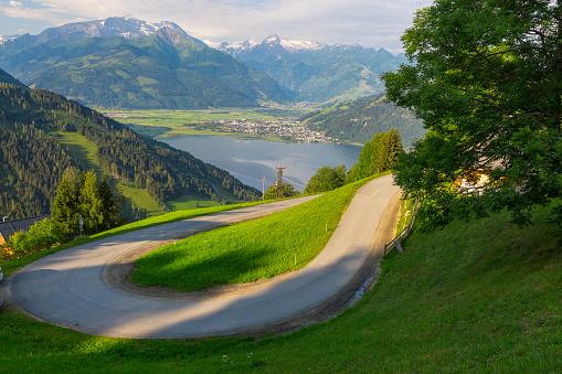 Hairpin Curve「Austria, Salzburg State, Zell am See, Zell lake」:スマホ壁紙(9)