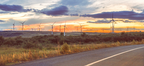 The Way Forward「Power Generating Windmills」:スマホ壁紙(17)