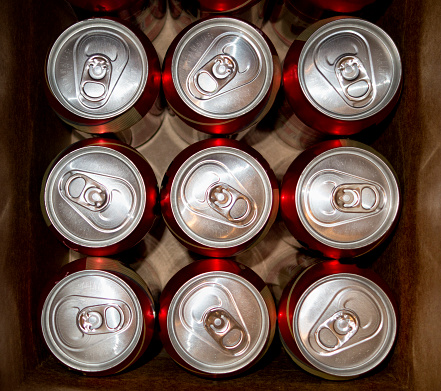 Beer - Alcohol「Cans in a Box」:スマホ壁紙(3)