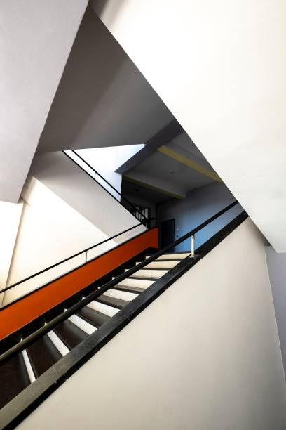 Main Staircase. The Bauhaus Building:ニュース(壁紙.com)