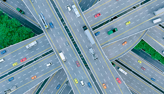 Driverless Car「Busy roads full of cars and intersections seen from high above」:スマホ壁紙(15)