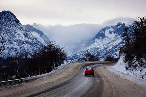 Argentina「Driving in winter」:スマホ壁紙(14)