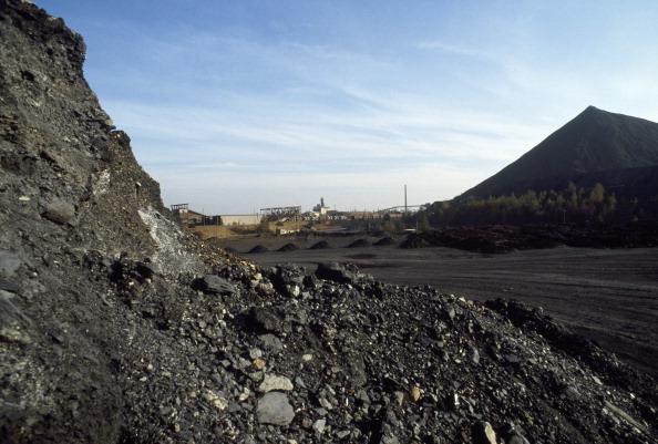 Tom Stoddart Archive「Uranium Waste Tip」:写真・画像(0)[壁紙.com]