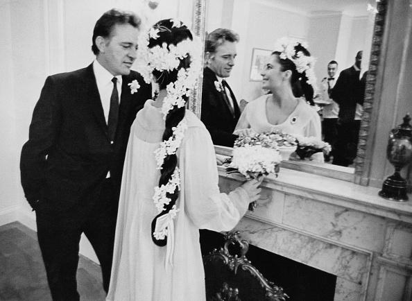 Setting「Taylor-Burton Wedding」:写真・画像(17)[壁紙.com]