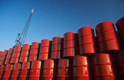 Belgium「Red metal barrels against blue sky.」:スマホ壁紙(9)