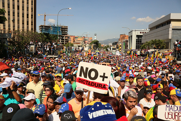 South America「Protest in Caracas Against Nicol·s Maduro」:写真・画像(16)[壁紙.com]