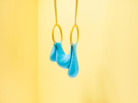 Stretching「Blue slime on gymnastic rings」:スマホ壁紙(15)
