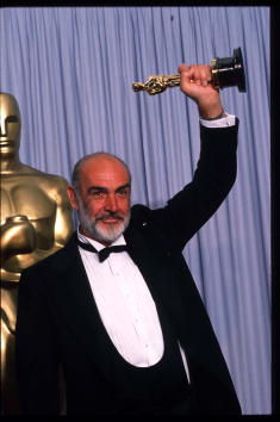Waist Up「The Academy Awards」:写真・画像(10)[壁紙.com]