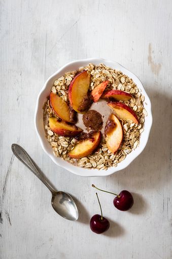 Granola「cherry smoothie bowl with peach and oat flakes, topping」:スマホ壁紙(0)