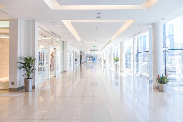 Empty shopping mall:スマホ壁紙(壁紙.com)