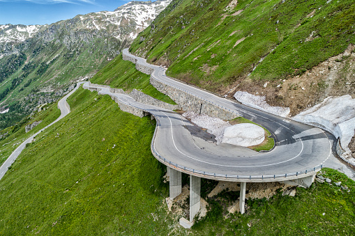 Hairpin Curve「Switzerland, Canton of Uri, Urseren Valley, Furka pass」:スマホ壁紙(13)