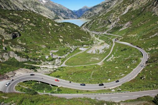 Hairpin Curve「Switzerland, Crimsel Pass」:スマホ壁紙(4)
