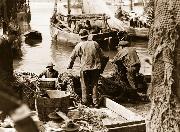 Fisherman「Fishing Port」:写真・画像(11)[壁紙.com]