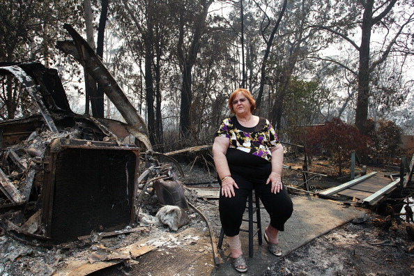 Lisa Maree Williams「Residents Returned To Destroyed Homes As Bushfire Conditions Worsen In NSW」:写真・画像(13)[壁紙.com]