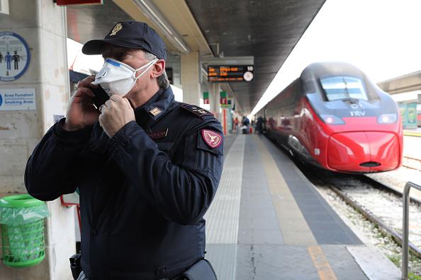 Station「Venice Hauntingly Quiet Amid COVID-19 Quarantine」:写真・画像(1)[壁紙.com]