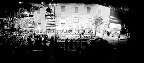Director「Movie set with the reconstruction of the famous street of Rome 'Via Veneto', Cinecittà Studios」:写真・画像(12)[壁紙.com]