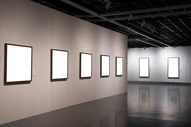 empty form in museum:スマホ壁紙(壁紙.com)