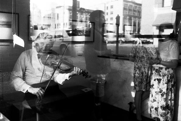 Three Quarter Length「Johnny Frigo」:写真・画像(7)[壁紙.com]