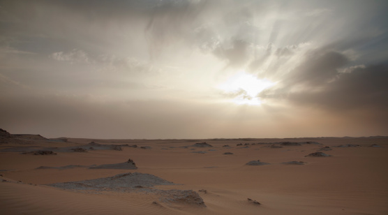 El Siwa「Sunset with clouds in the Sahara Desert」:スマホ壁紙(8)