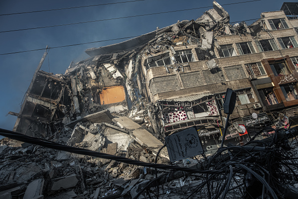Gaza Strip「Israel Continues Gaza Attacks Amid Escalating Violence」:写真・画像(19)[壁紙.com]