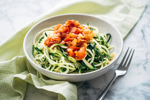Savory Food「Fresh Zoodles with tomato sauce」:スマホ壁紙(4)