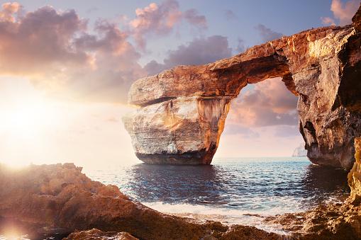Natural Arch「Azure window in sunset, Malta」:スマホ壁紙(17)