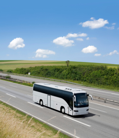 Commercial Land Vehicle「Bus on driving on german highway」:スマホ壁紙(12)