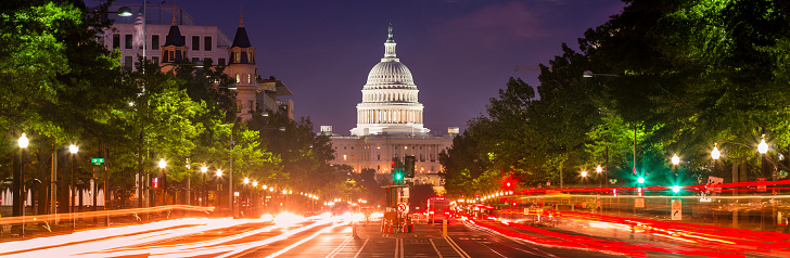 Classical Style「Capitol Building panorama on Pennsylvania Avenue in Washington DC USA」:スマホ壁紙(7)
