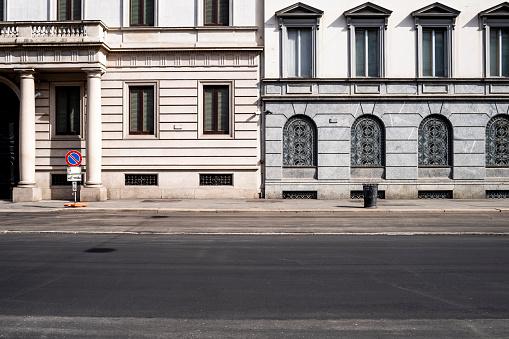 Milan「Italy, Milan, Corso Venezia street during COVID-19 outbreak」:スマホ壁紙(19)