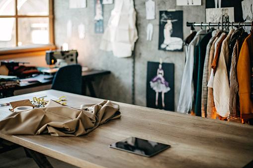 Workshop「Tailor studio」:スマホ壁紙(19)