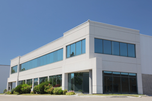 Convention Center「Exterior of modern commercial building, blue sky」:スマホ壁紙(1)