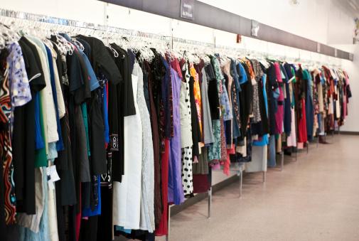 Designer Clothing「Goodwill Clothing Store」:スマホ壁紙(12)
