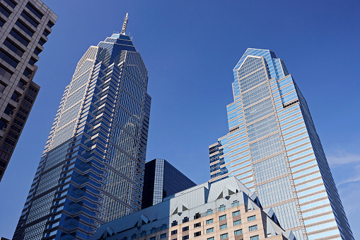 Postmodern「Liberty Place skyscrapers against blue skies」:スマホ壁紙(6)