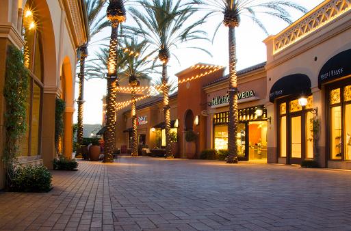 Paving Stone「Irvine Spectrum Shopping Center」:スマホ壁紙(12)