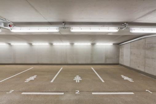 Basement「Germany, Baden Wuerttemberg, Stuttgart, Car park area for women」:スマホ壁紙(16)
