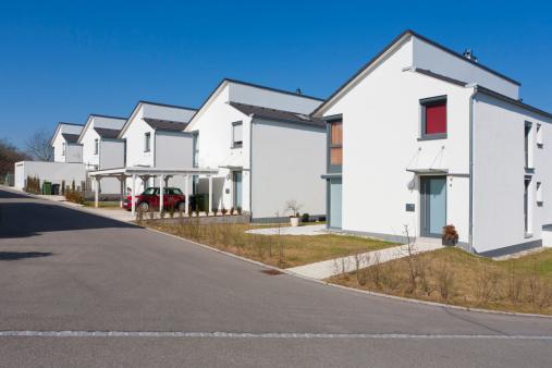 Detached House「Germany, Baden Wurttemberg, Aldingen, Row of modern detached houses」:スマホ壁紙(19)