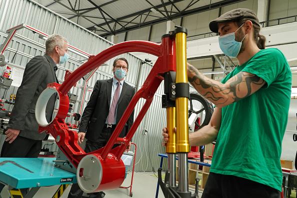 New Business「Transport Minister Scheuer Visits eROCKIT Systems」:写真・画像(16)[壁紙.com]