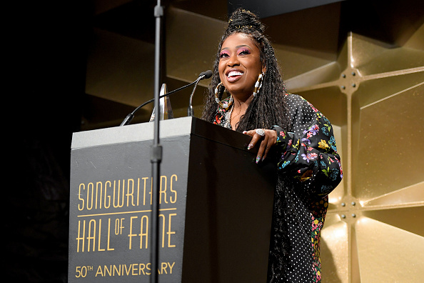 Fame「Songwriters Hall Of Fame 50th Annual Induction And Awards Dinner - Show」:写真・画像(10)[壁紙.com]
