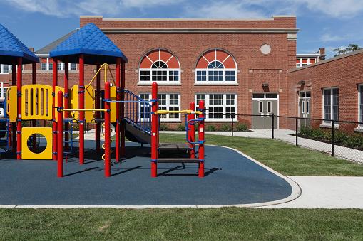 Playing「Playground and school」:スマホ壁紙(9)