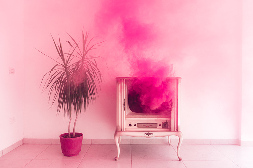 Offbeat「Millennial Pink」:スマホ壁紙(4)