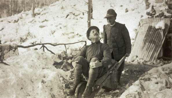 Army Soldier「Joking In The Trench」:写真・画像(6)[壁紙.com]