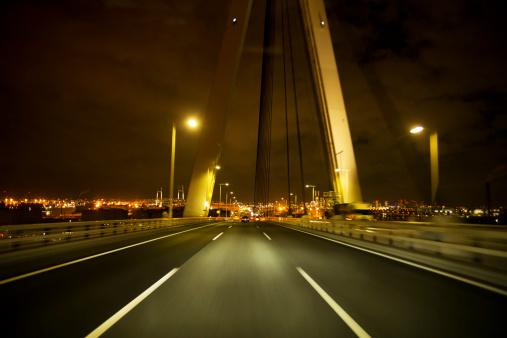 Cityscape「Night highway to the Yokohama city in Japan」:スマホ壁紙(15)
