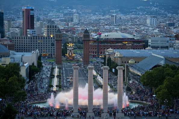 Tourism「Tourists Flock To Barcelona As Spain Inches Towards A Full-Scale Bailout」:写真・画像(6)[壁紙.com]
