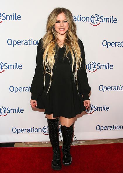 アヴリル・ラヴィーン「Operation Smile's Hollywood Fight Night Hosted By Brooke Burke And Manny Pacquiao」:写真・画像(8)[壁紙.com]