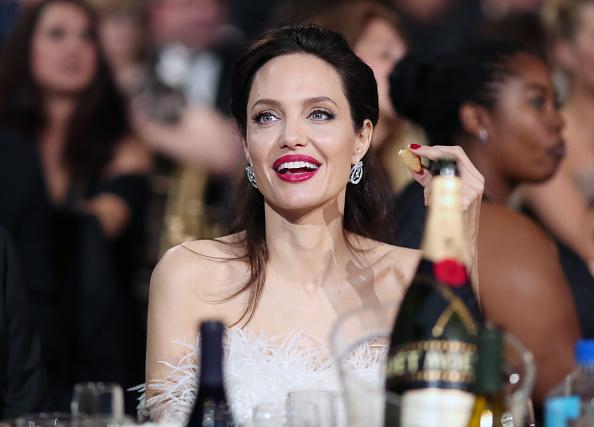 アンジェリーナ・ジョリー「The 23rd Annual Critics' Choice Awards - Inside」:写真・画像(16)[壁紙.com]
