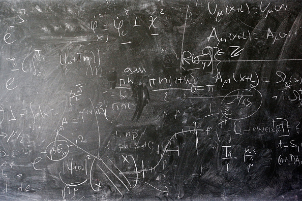 Blackboard - Visual Aid「Behind The Scenes At CERN The European Organisation For Nuclear Research」:写真・画像(0)[壁紙.com]