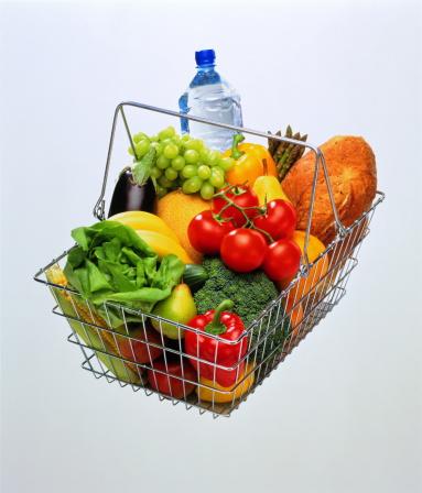 Broccoli「Groceries in shopping basket」:スマホ壁紙(19)