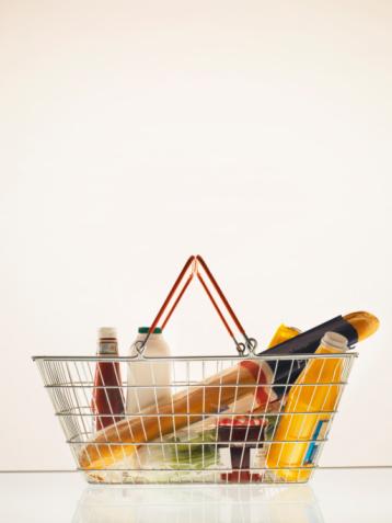 Supermarket「Groceries in Shopping Basket」:スマホ壁紙(7)