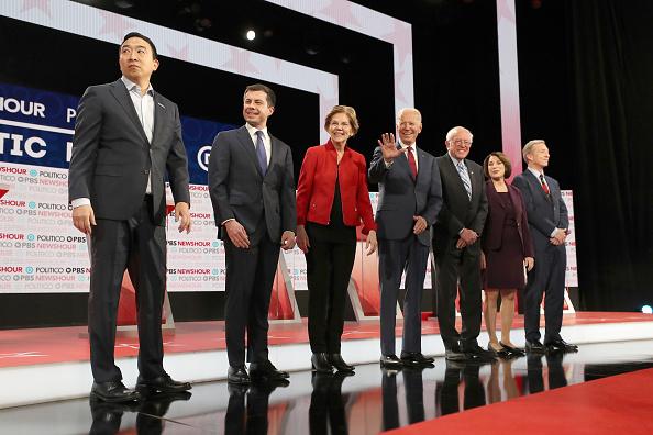 Democracy「Democratic Presidential Candidates Participate In Last Debate Of 2019」:写真・画像(11)[壁紙.com]