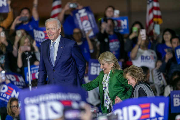 Super Tuesday「Presidential Candidate Joe Biden Holds Super Tuesday Night Campaign Event In Los Angeles」:写真・画像(5)[壁紙.com]